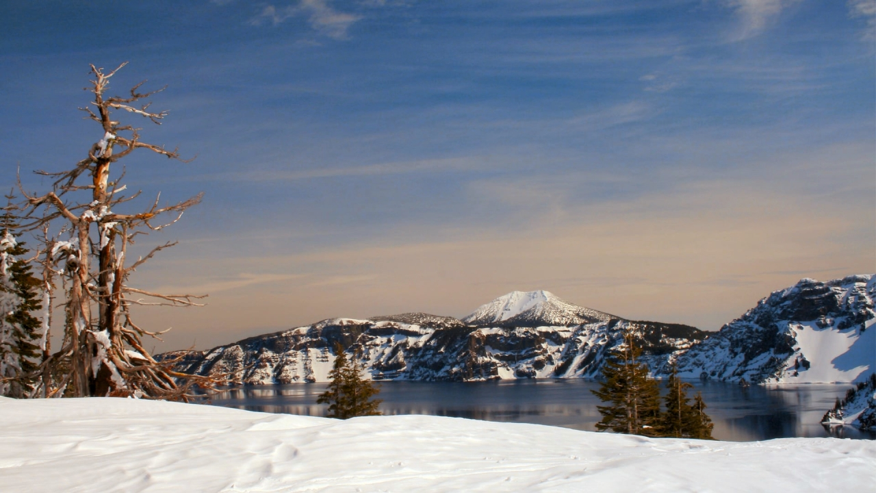 Light Remembered: Winter at Crater Lake (2007)